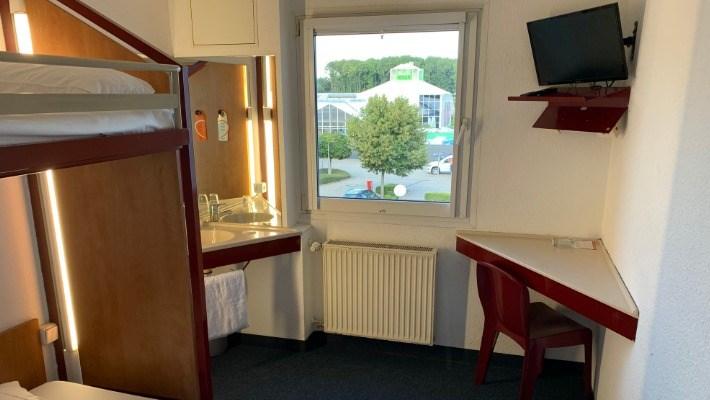 Motel 24 Room